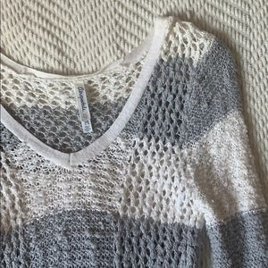Crochet style long sleeve